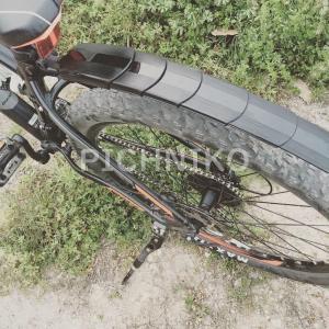 サイクリング車の後輪(SaKuMu)