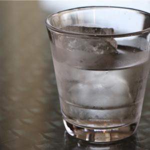 【飲食店で、こおり水が出る理由】水道水が飲める国は何か国?
