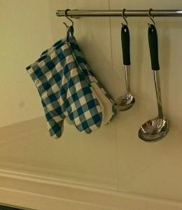 キッチン コンロ周辺の注意すべき収納について