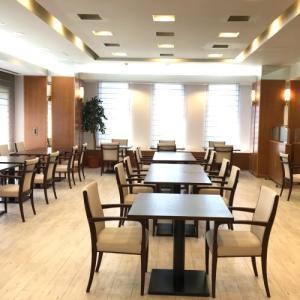 オアーゼ扇町の食堂とロビーがリニューアルされました。