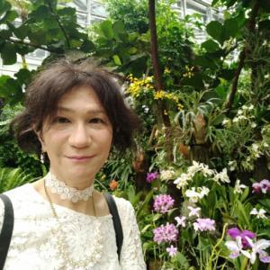 またまた大阪へ~生誕180年ルノワール展と咲くやこの花館へⅡ「咲くやこの花館」で館内の高温多湿でフィジカルメンタル両方殲滅されながらも花を愛でてきたのです😃