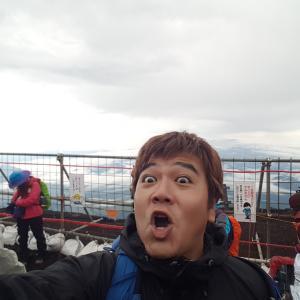 人生初の富士登山、、、タイ人いっぱいいた(・∀・)