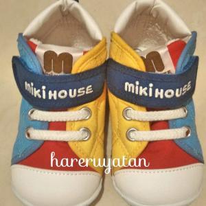 【1歳児】ファーストシューズはいつから?どんな靴が良いの?