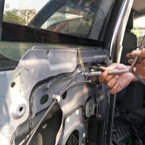 BMWのウインドウが故障した原因。経験豊富なプロが解説!