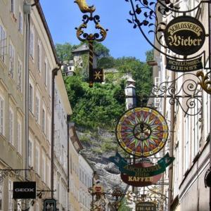 【オーストリア】ザルツブルクの看板