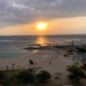 北谷(チヤタン)へ〜ここ大好き♫完璧な夕陽が見られる!「コンドミニアムホテル モンパ」