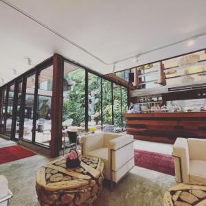 ジャルンクルン通り / タラッドノイを散策 Bangkok Design Week 2021 バンコク タイ