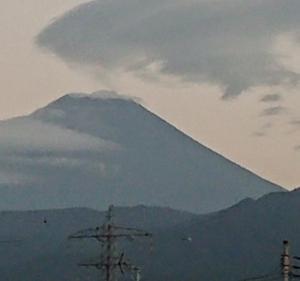 9月9日 5・00 今朝の富士山です