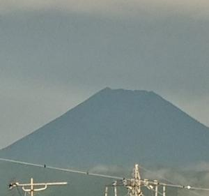 9月10日 6・00 今朝の富士山です