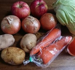 楽しい野菜の買い物と小さなおかず