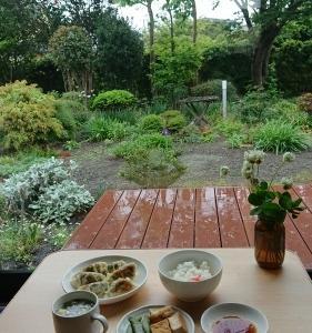 雨の週末と私の一人御飯