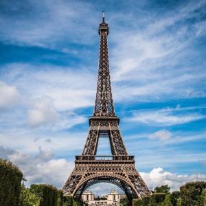 産後ケアの学びを深めるためにフランスに行ってきます