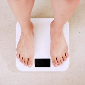 アラフォーからの体重減は要注意?!