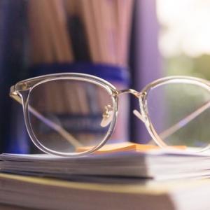 メガネをオンラインで注文したら大失敗?!