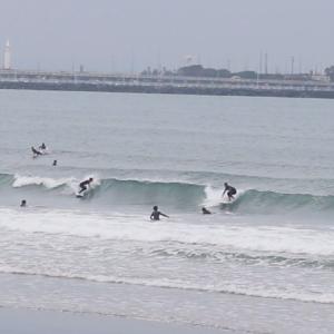 2019.10.18 7:50 湘南鵠沼の波