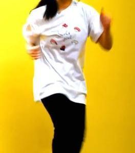 踊ってみたの巨乳娘