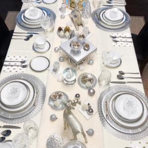 クリスマスのテーブルセッティング