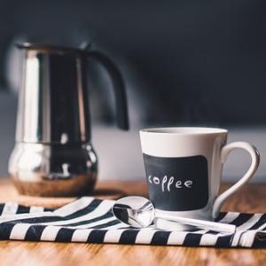 カフェインで寝れない時の対処法|カフェインを抑える方法