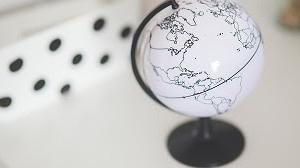 SBI証券iDeCoセレクトプラン「全世界株式」比較 SBI・全世界株式、eMAXIS Slim 全世界株式(除く日本)、EXE-i グローバル中小型株式、セゾン資産形成の達人
