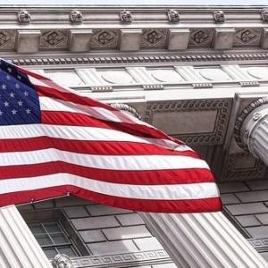 『eMAXIS Slim 米国株式(S&P500)』『ひふみプラス』半分ずつ投資した運用実績を評価 インデックスファンドとアクティブファンドの実質コストも比較