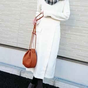 【GU&しまむら】驚愕!!オフィスにもOKの大人上品スカートが590円!