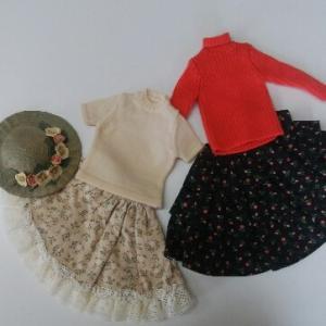 セーターガールの衣装