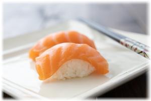 お寿司が好きで回転寿司に行くとつい食べ過ぎる