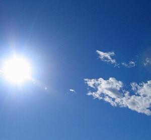 最近日本が暑すぎるから、ちょっと昔と比べて見た。