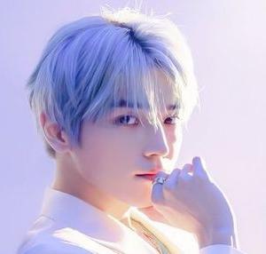 【NCT】nct127 テヨンが髪色を変えてる♡お披露目の仕方ワロタw w w かわいいw w w