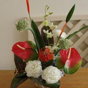 【定期装花アレンジ】お届けの7月の夏のお花は