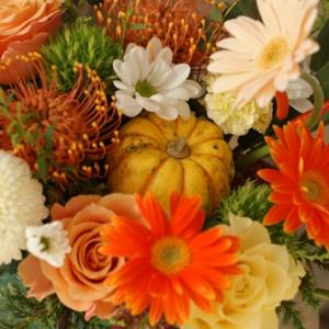 【今日のFlower note】10月ならではのサプライズアレンジ♪