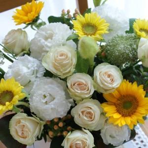 【今日の贈花】新婚ご夫婦のお宅へは♪