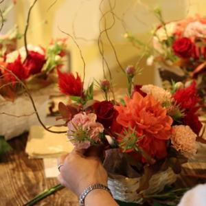 【花屋OPEN】お花で心を落ち着かせる♪