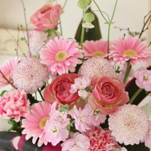 【今日の贈花】お誕生日にはピンク色で♪