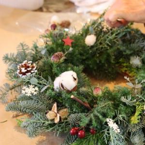 【はじまりました】クリスマスリースを飾った日
