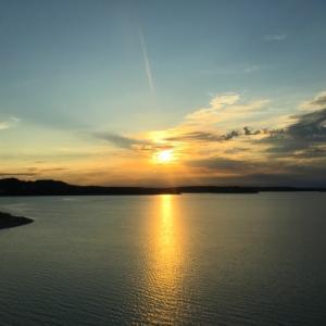絶景を求めて…テキサス州ヒル・カントリーのキャニオンレイクで夕陽を見るには(無料駐車場&注意点)
