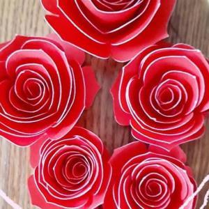 立体的な花の作り方