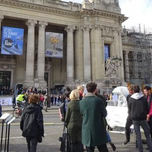 パリ、FIACの草間さん野外展示