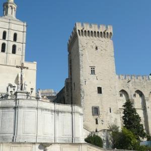 アヴィニョン教皇庁、ある日のフランスの風景88