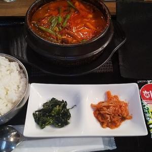 【優待ご飯】一家ホールディングス(7127)の「韓国屋台 ハンサム」で「海鮮スンドゥブ定食」を食べてきました♪