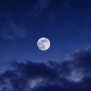 魚座満月。今夜は眠る前に。