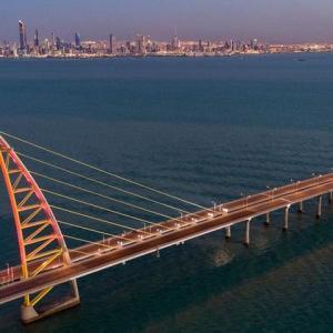 【クウェートの発展を夢見る橋】Sheikh Jaber Al-Ahmad Al-Sabah Causewayへドライブ