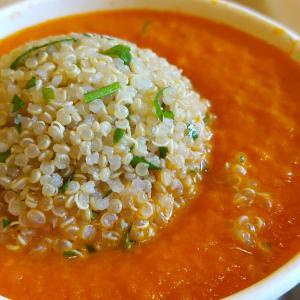 「穀物の母」キヌアは栄養豊富で低GI値のスーパーフード