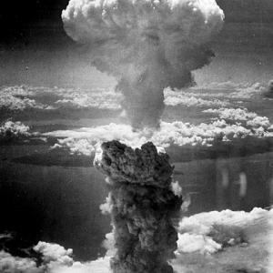 長崎に落ちた原子爆弾は本当に非人道的兵器だったのか?