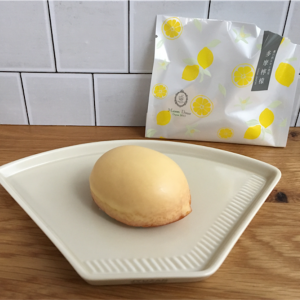 丸山珈琲のゲイシャとメゾンドゥースのレモンケーキはいいペアリングでしたとさ