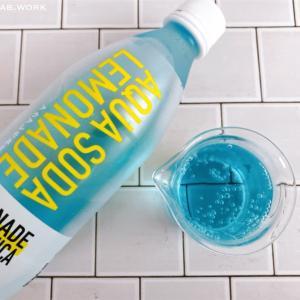 ファミマ限定!レモネードbyレモニカのアクアレモネードソーダはブルーが爽やかで夏らしい飲みものです【コンビニ】