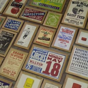 WALL DECOR OF VINTAGE