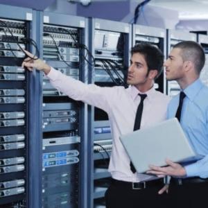 ネットワークエンジニア 資格取得