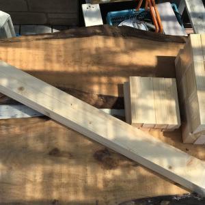 無垢材のベンチを作ってみた その1