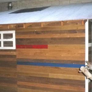 作業小屋の壁をペグボードにしてみた その1